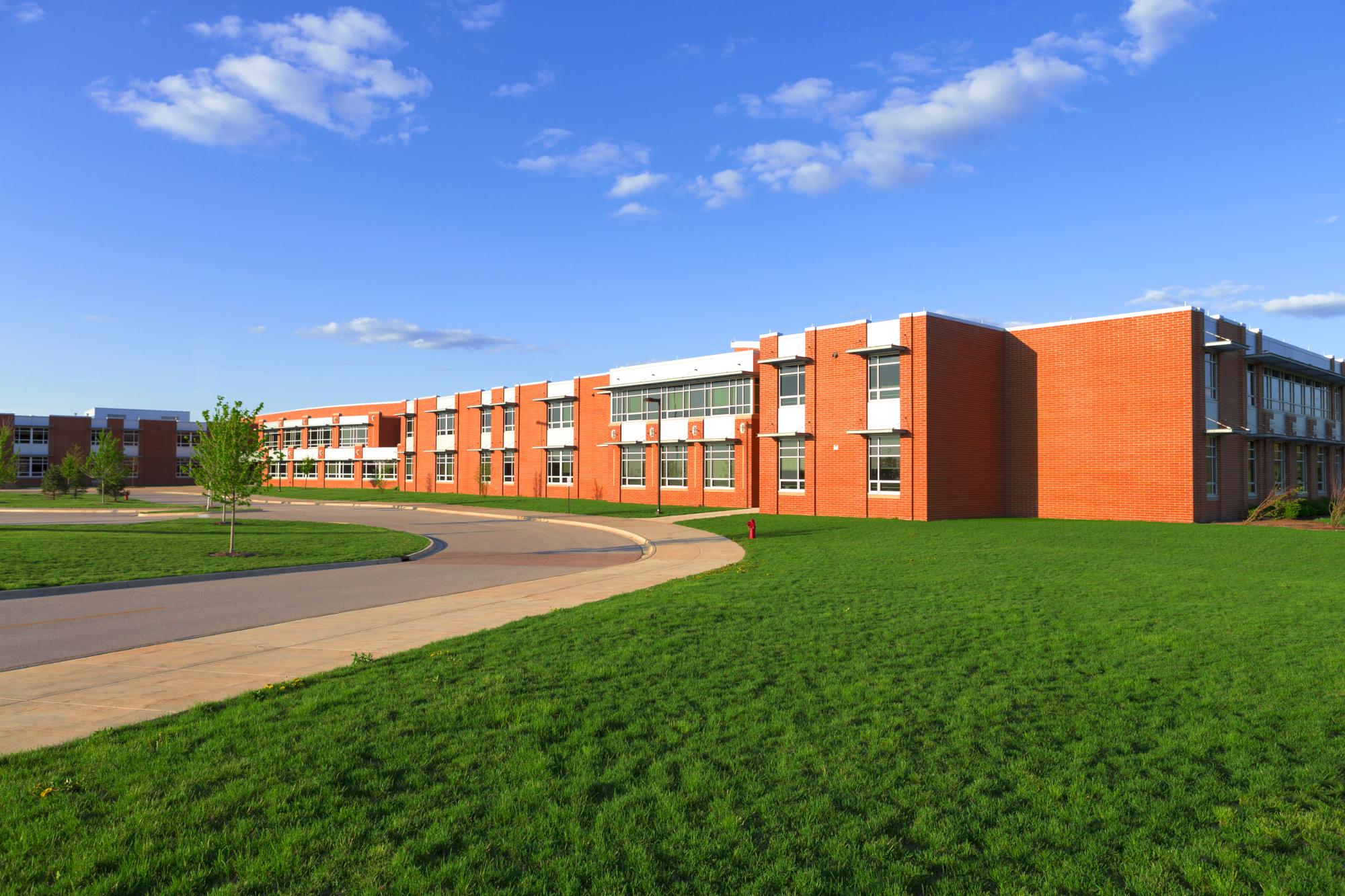 Modern,School,Building,With,Lawn